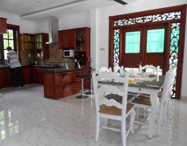 фото кухни виллы в Нячанге - аренда во Вьетнаме